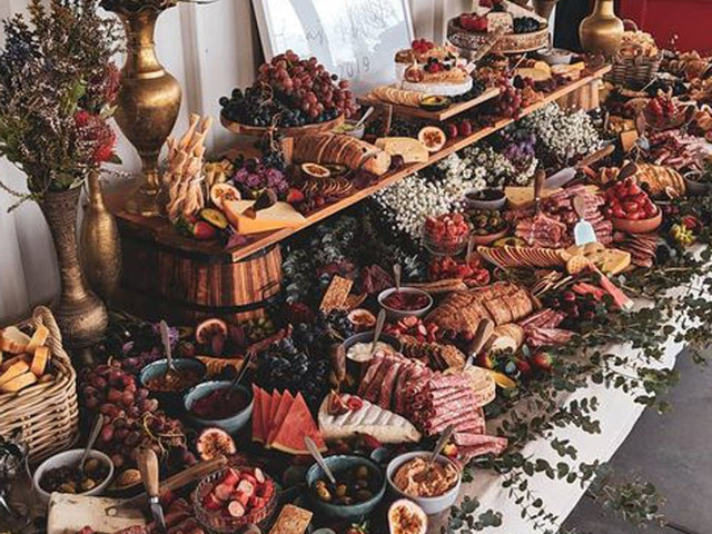 Wedding Catering Prices: How Much Should Your Wedding Catering Cost?