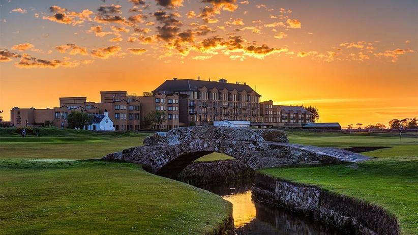 Large golf course wedding venue