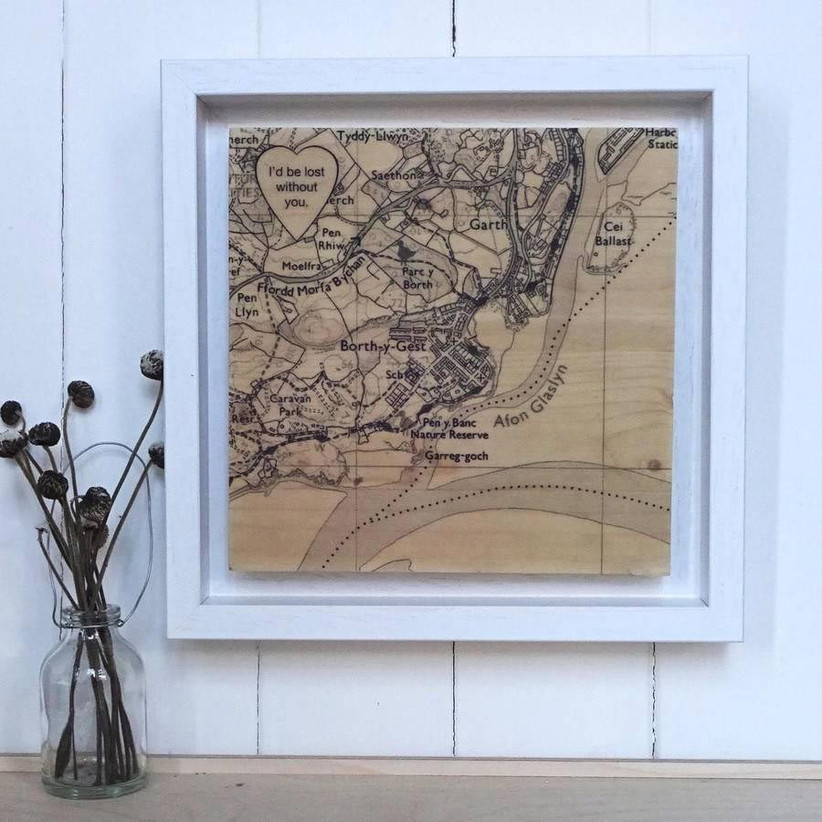 personalised-wooden-map-gift