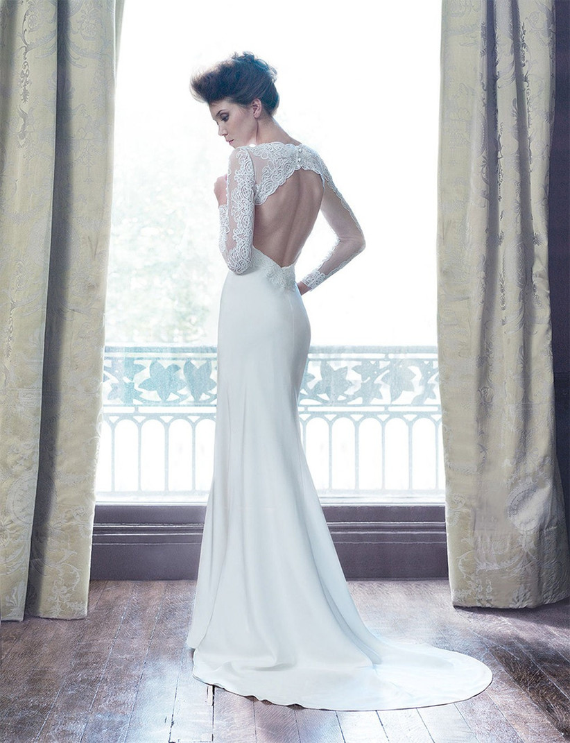 twilight-style-wedding-dress-from-suzanne-neville