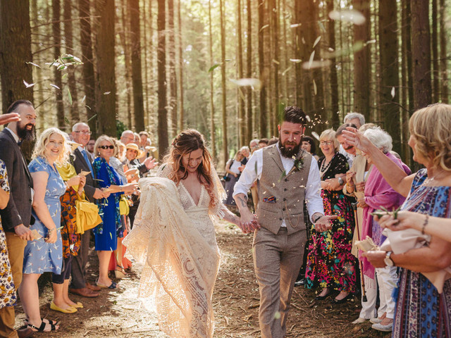 What Is a Wedding Celebrant? Everything You Need to Know