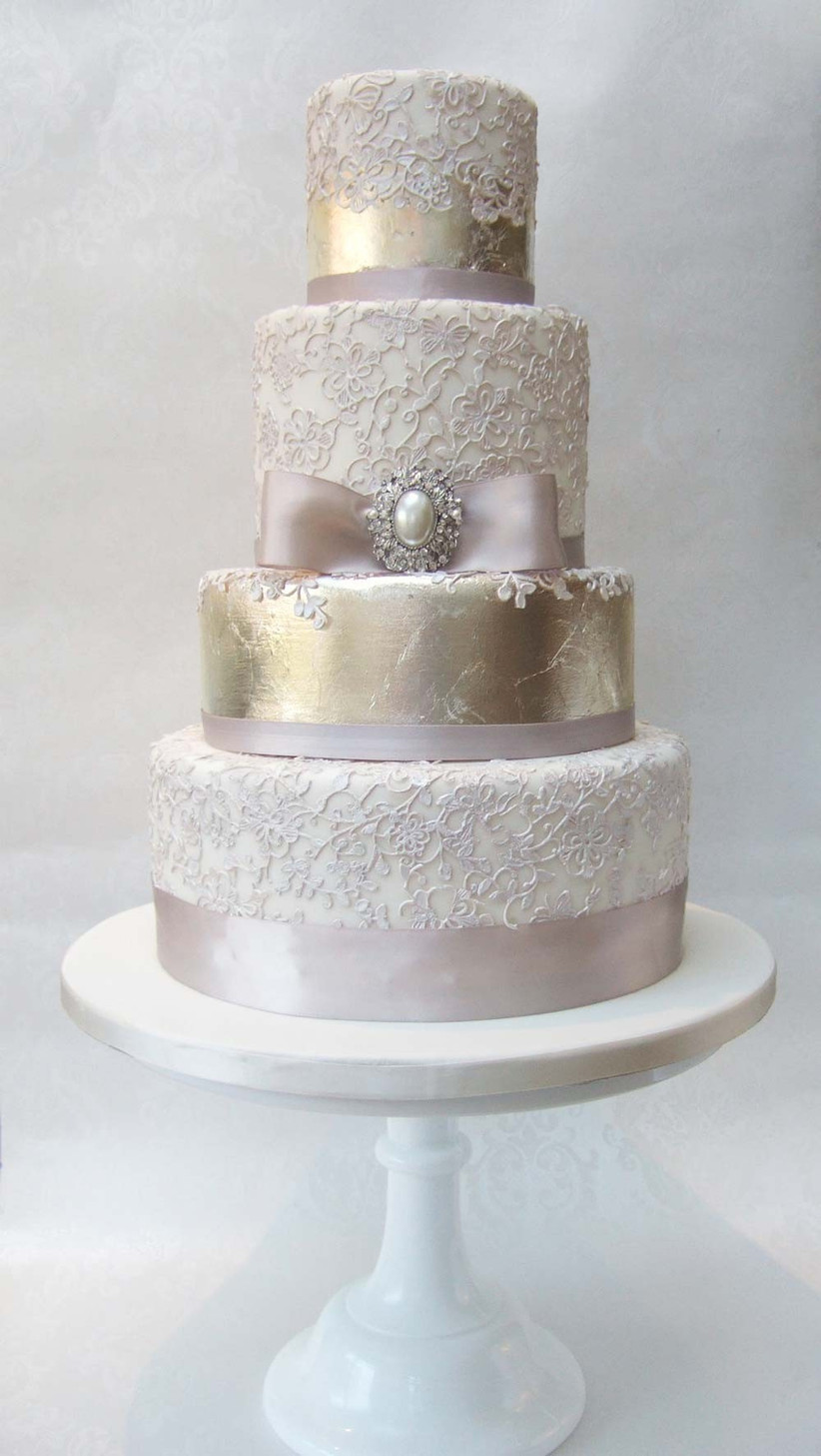 metallic-wedding-cakes-from-pretty-amazing-cakes-2