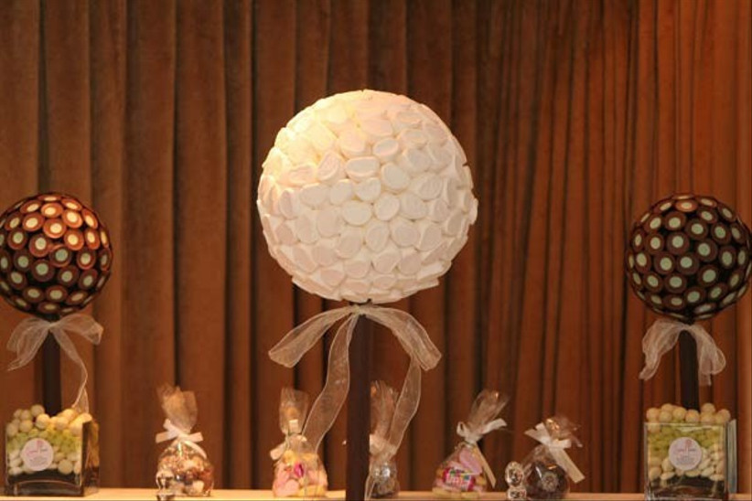 sweet-tree-table-centrepieces-from-sweet-trees-by-browns-at-cuckooland