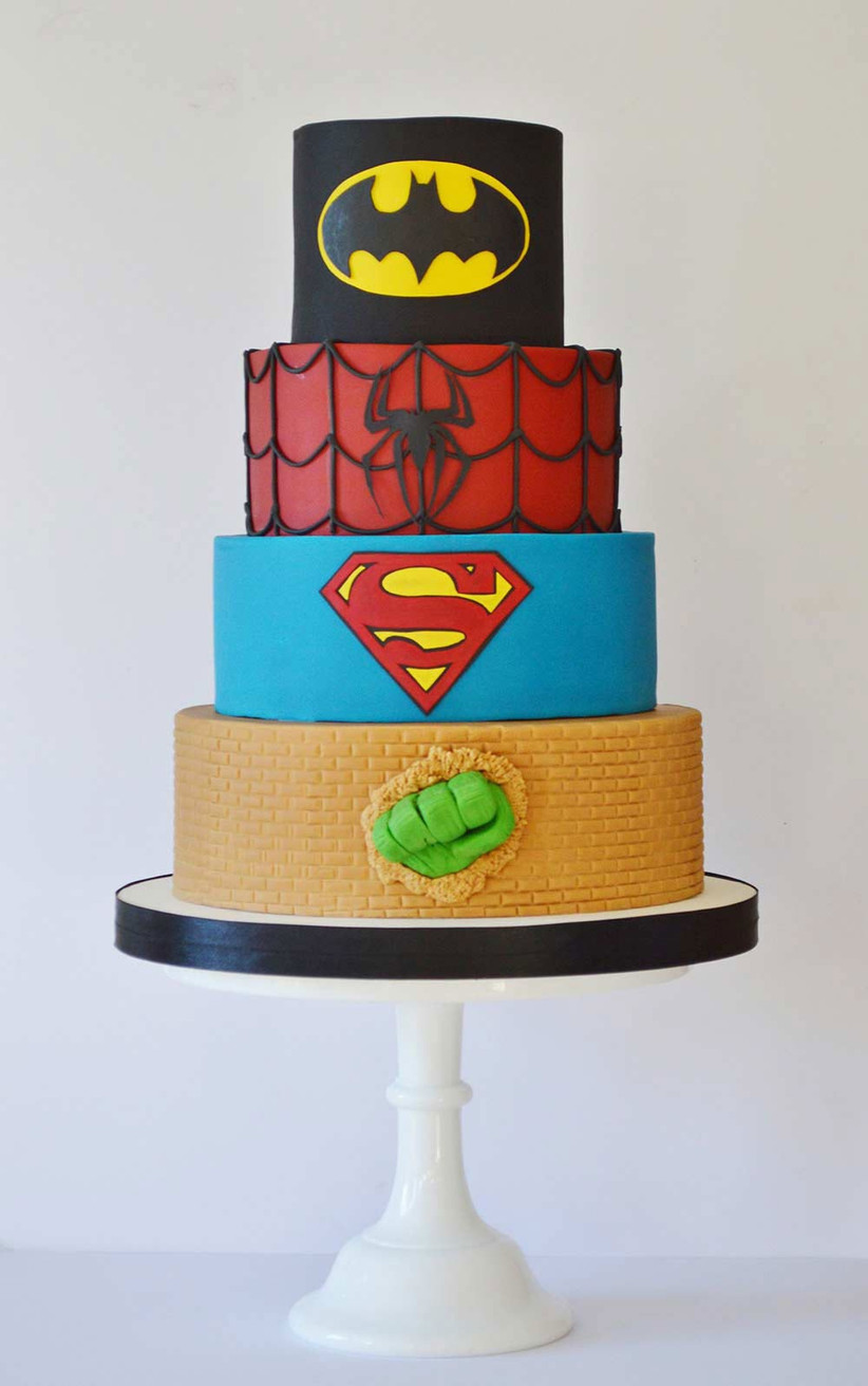 superhero-wedding-cake