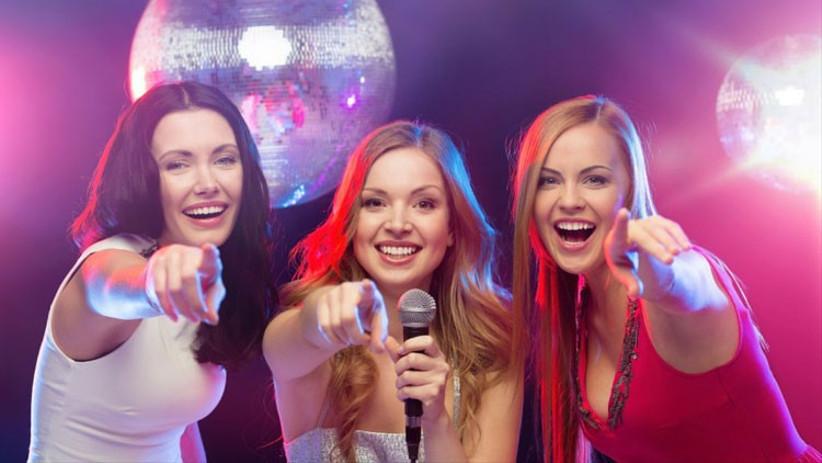 karaoke-hen-parties-2