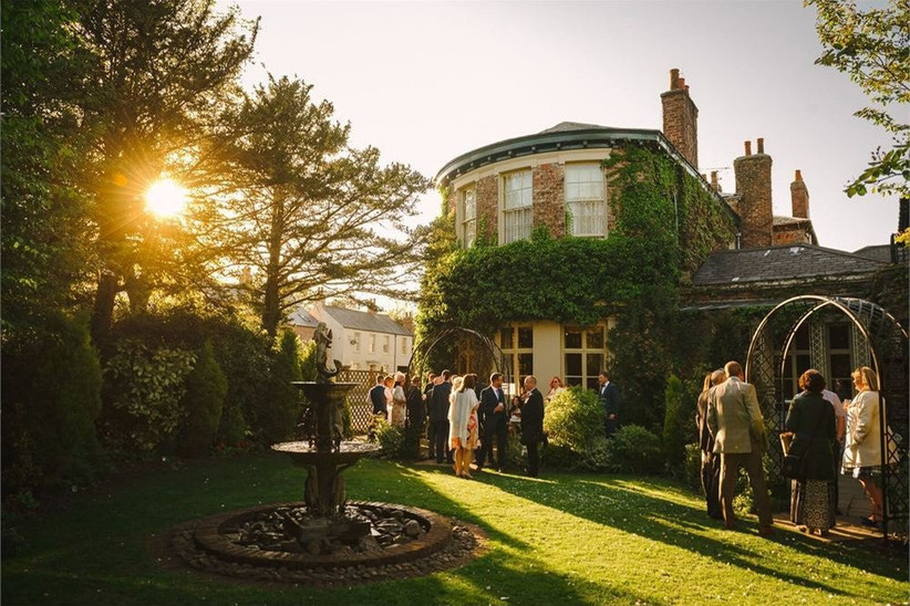 affordable-wedding-dates-10