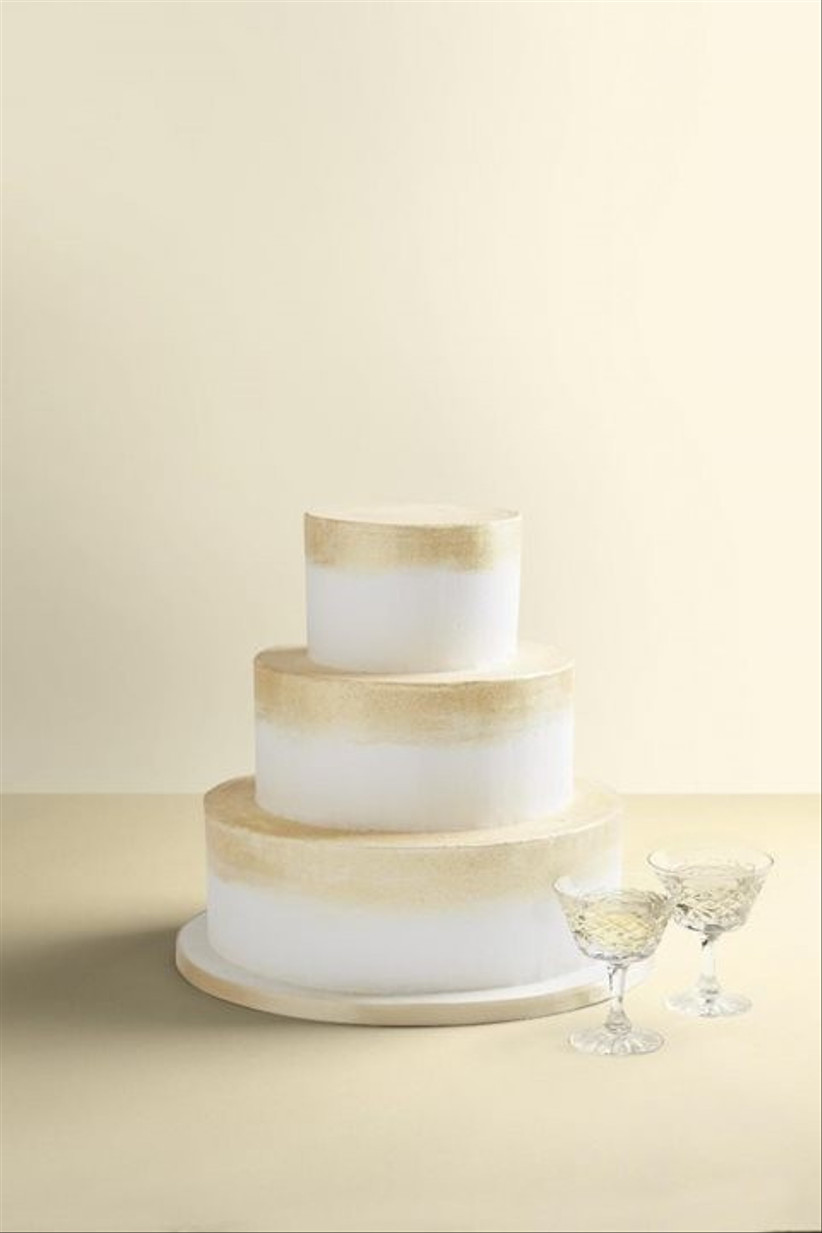 wedding-cake-champagne-and-gold1_rev0-683x1024