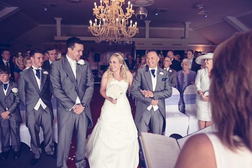 first-look-wedding-photos-by-one-thousand-words-photography-8