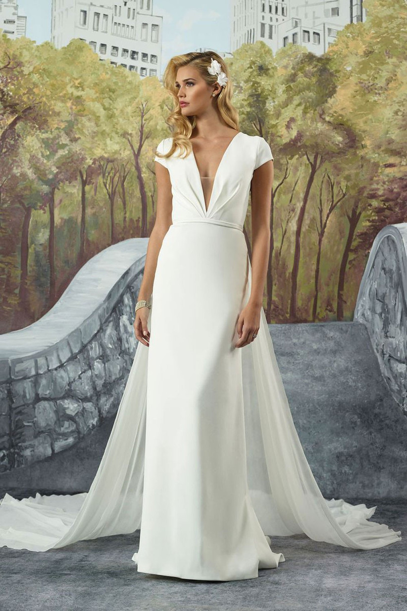 21 Wedding Dresses For Older Brides Top Tips And Advice Hitched Co Uk,Fitted Simple Wedding Dress Ideas