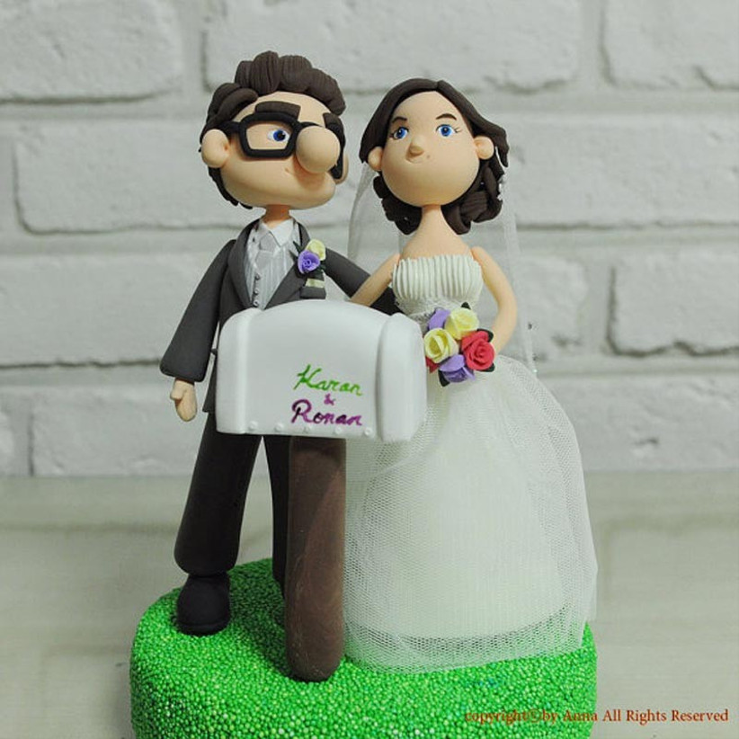 awesome-wedding-cake-toppers-for-tv-and-film-buffs-up-cake-topper-2