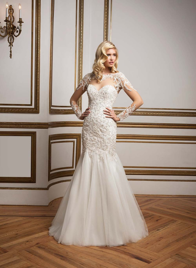 dramatic-lace-fishtail-wedding-dress