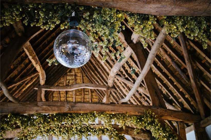barn-wedding-venues-20