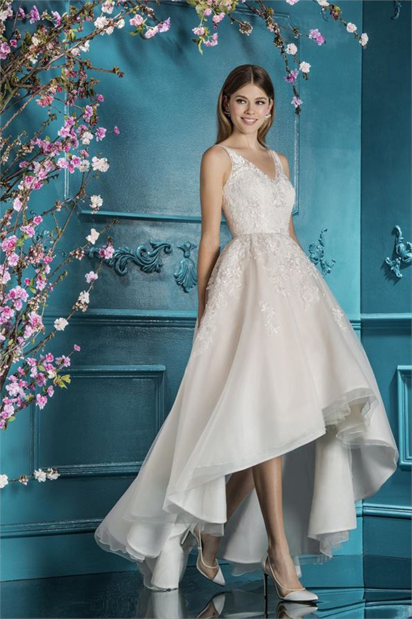 wedding-dress-alterations-and-fittings
