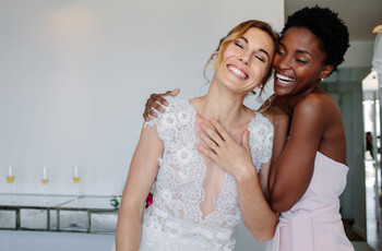 This Is Who You Should Pick as Your Maid of Honour, According to Your Star Sign