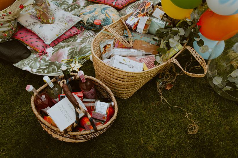 Wedding picnic baskets
