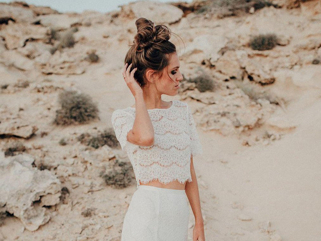 15 Beautiful Sustainable Wedding Dresses for Eco-Conscious Brides