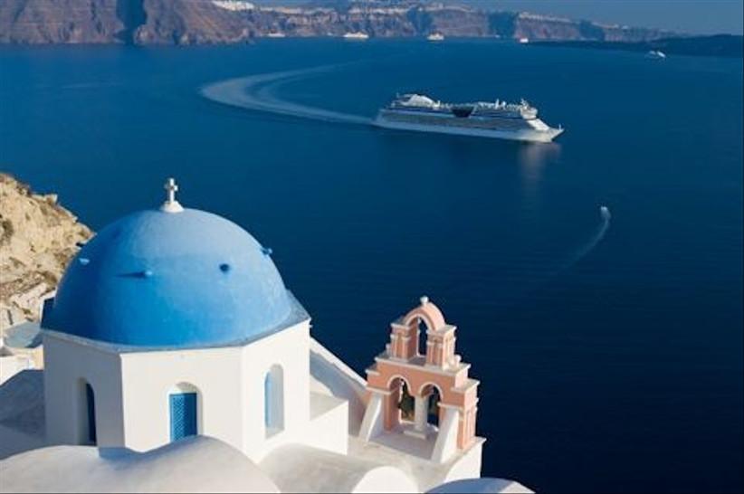 cruise-around-the-world-on-your-honeymoon