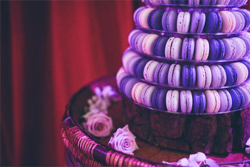 purple-ombre-macaron-tower