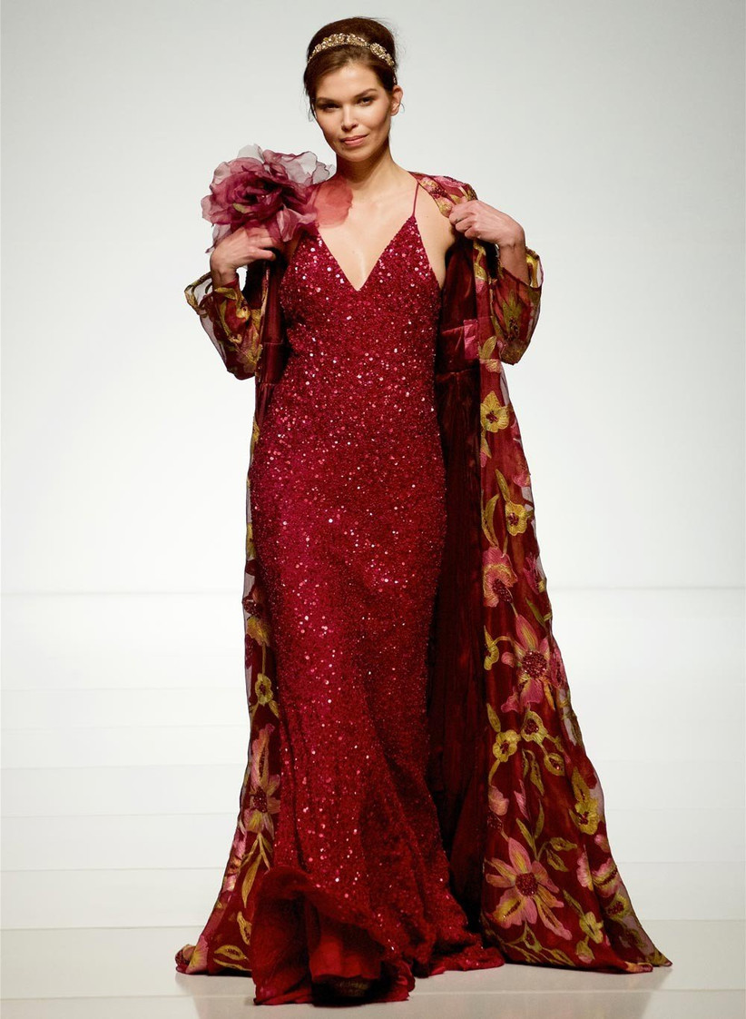 red-wedding-dress-suitable-for-snow-white