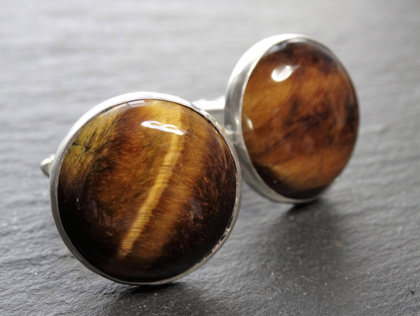 wedding anniversary stones - cat's eye gem