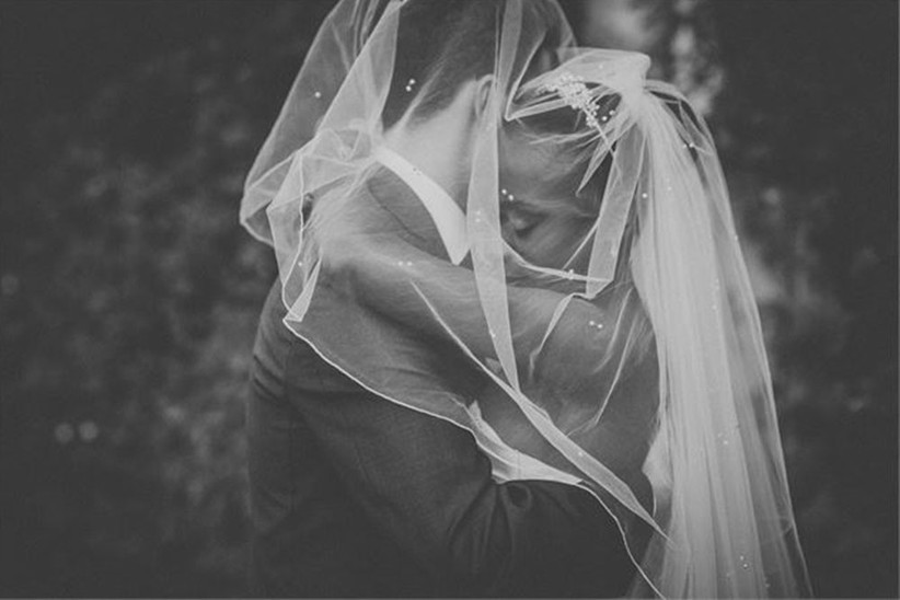 couple-under-veil-2