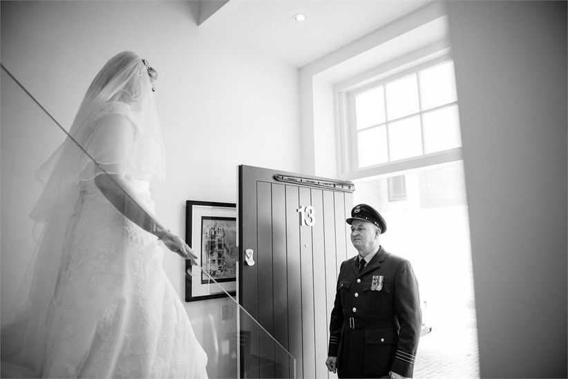 father-of-the-bride-seeing-his-daughter-2