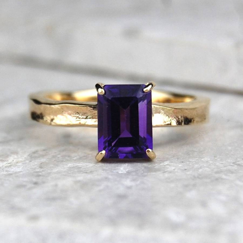 Cheap gold engagement ring
