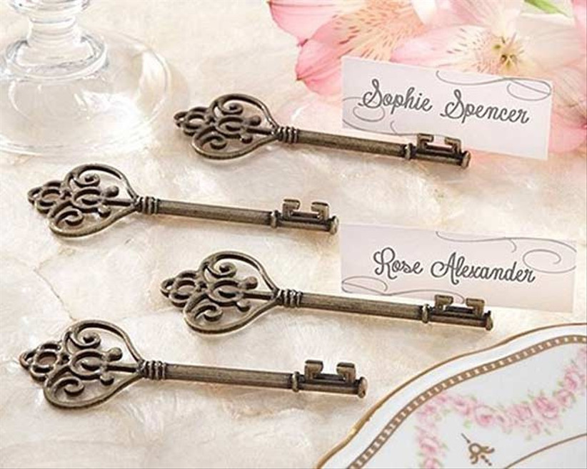vintage-key-place-card-holders