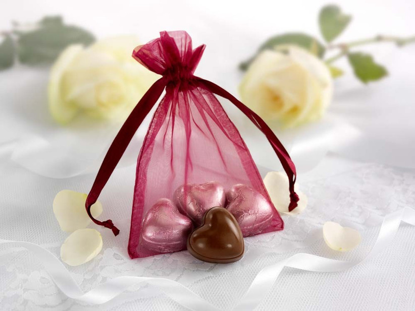 chocolate-wedding-favours-from-thorntons