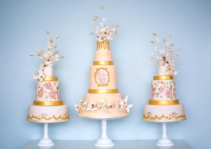trio-of-gold-wedding-cakes-by-rosalind-miller