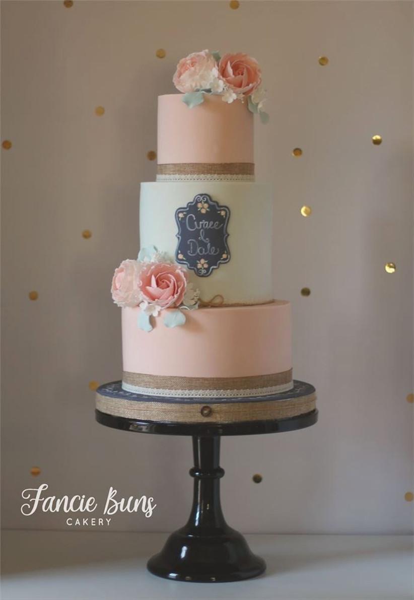 chalkboard-wedding-cake