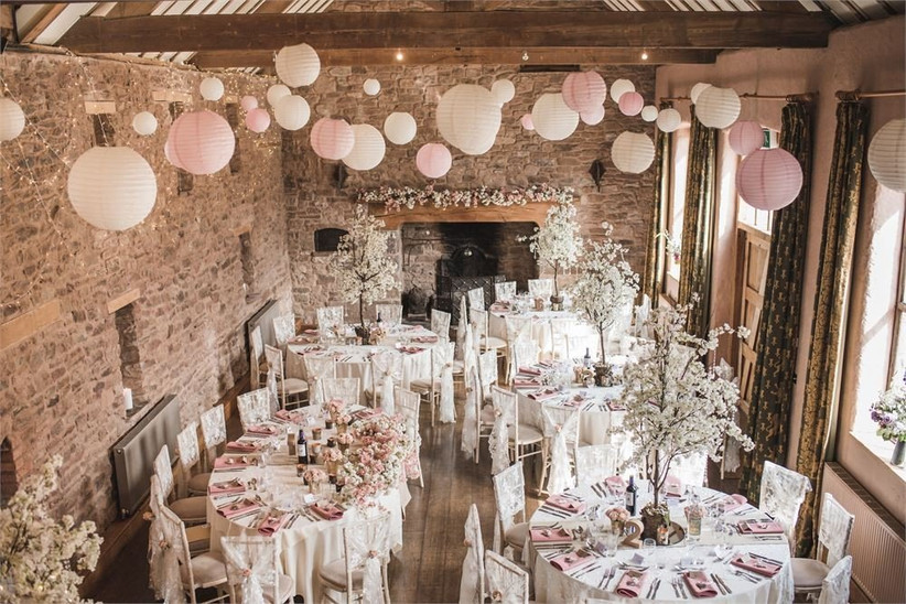Small Wedding Venues - The Haywain at Lyde Arundel