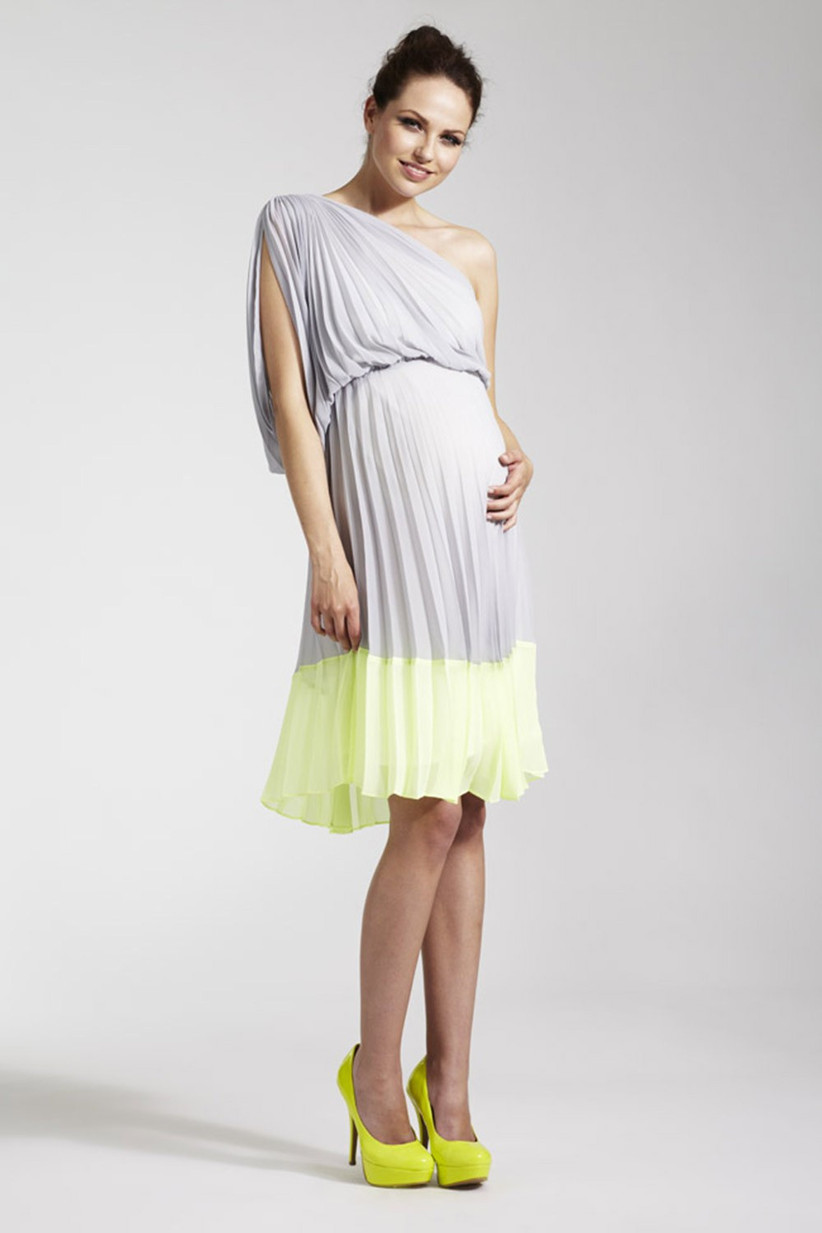 maternity-wedding-guest-dresses