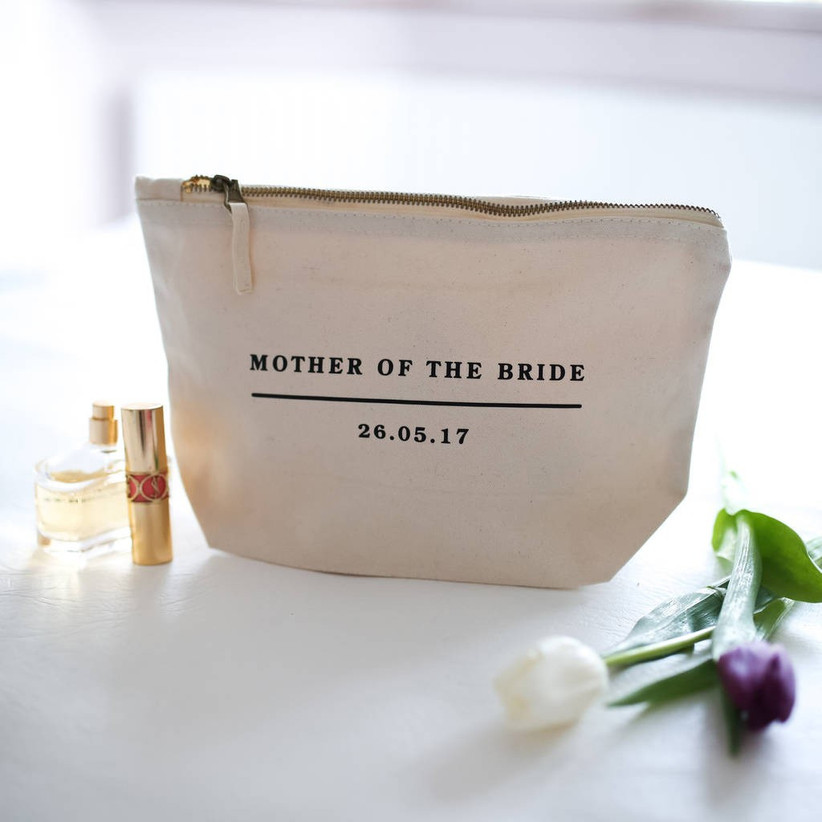 make-up-bag-for-mother-of-the-bride