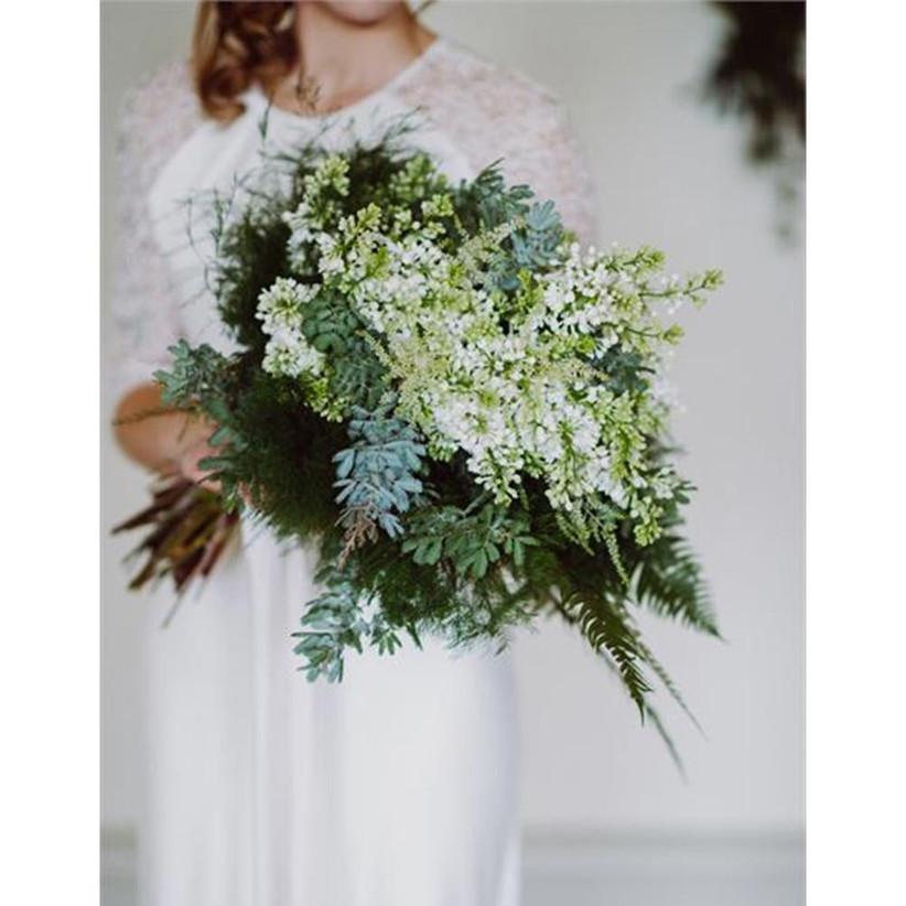 green-rustic-wedding-bouquet