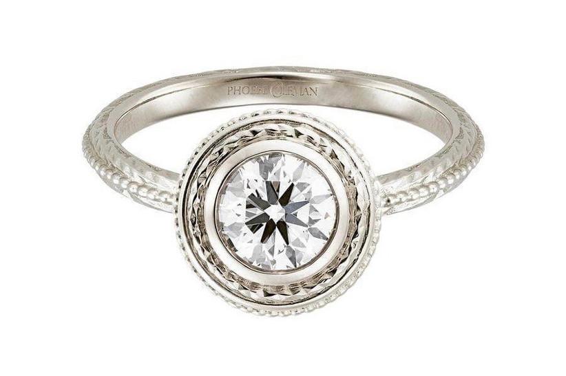 16. white-gold-engagement-rings-venus-phoebecoleman