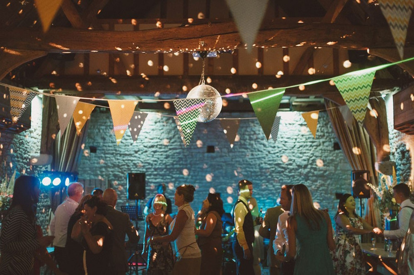 barn-wedding-venues-8
