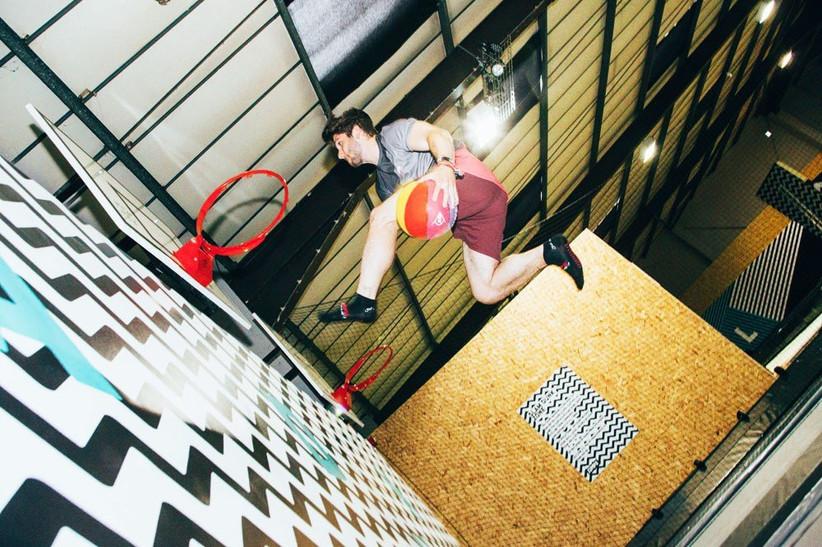 date-ideas-trampoline