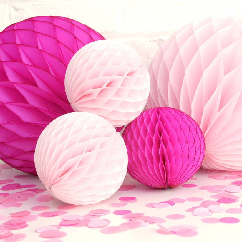 hen-party-pom-poms