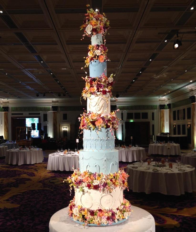 8ft-tall-amazing-wedding-cake