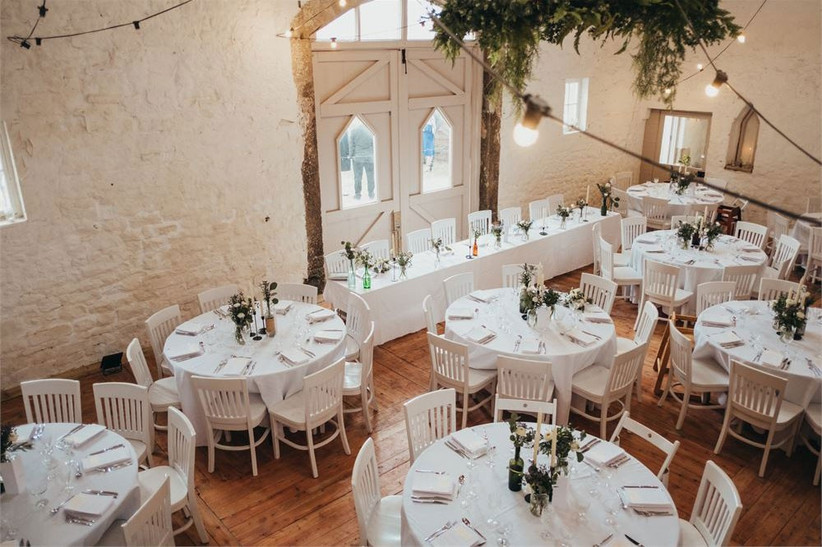 barn-wedding-venues-17