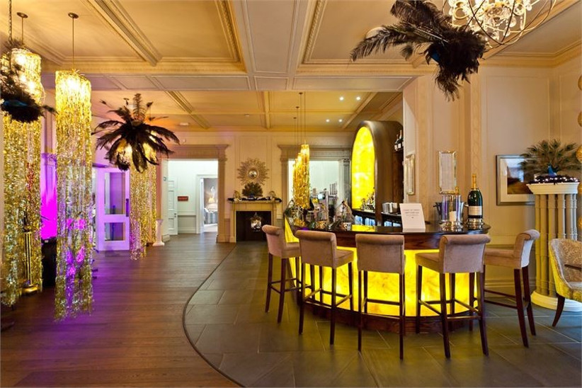 the-stylish-bar-area-at-the-laura-ashley-belsfied-hotel