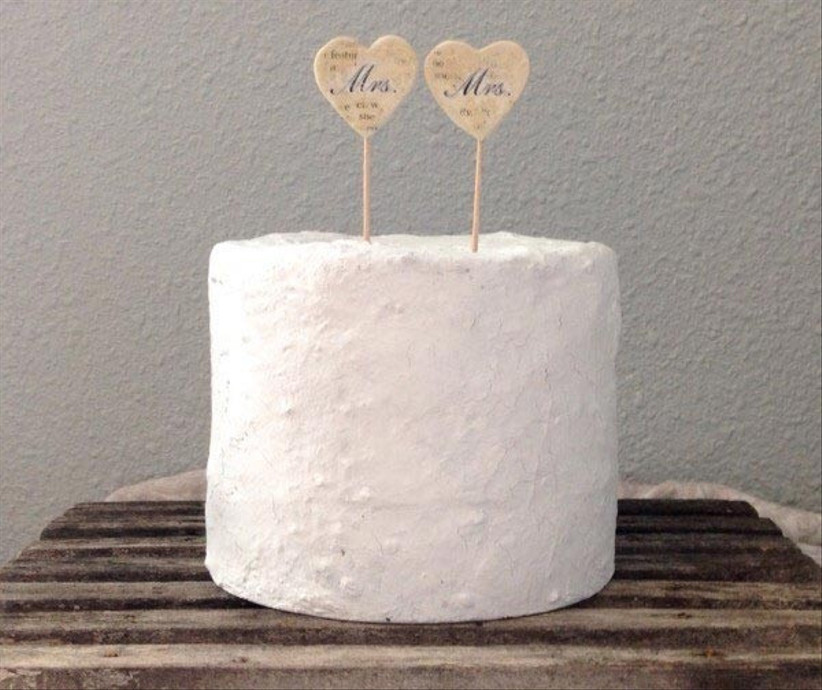 clay-heart-wedding-cake-toppers