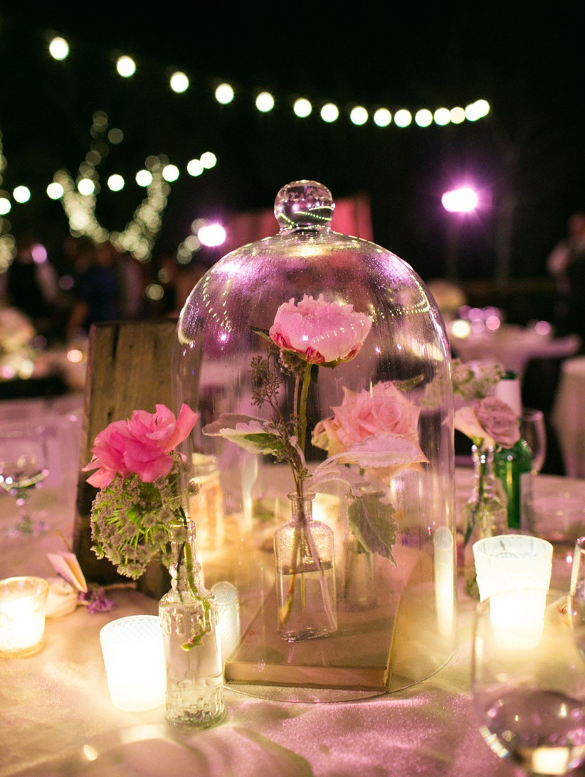 beauty-and-the-beast-rose-centrepiece