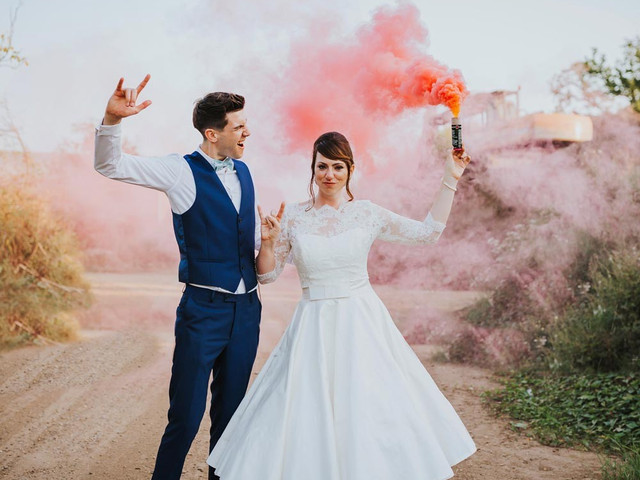 16 Photographers Share Their Favourite Wedding Pictures
