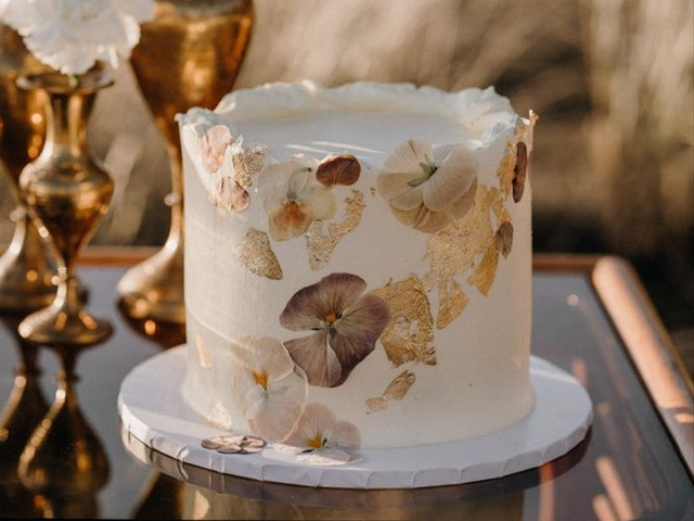 21 Small Wedding Cakes for Intimate Receptions