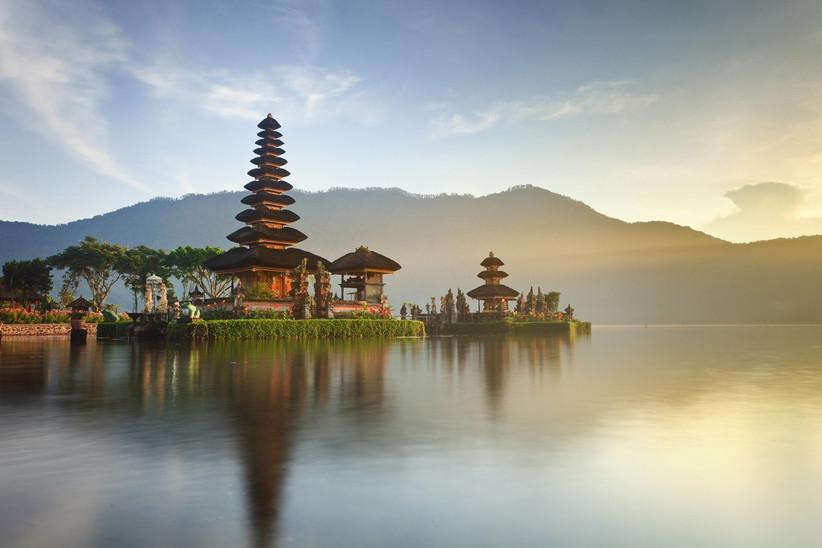 honeymoon-destinations-by-month-25