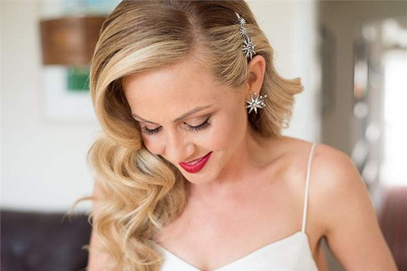 red-lip-wedding-trend