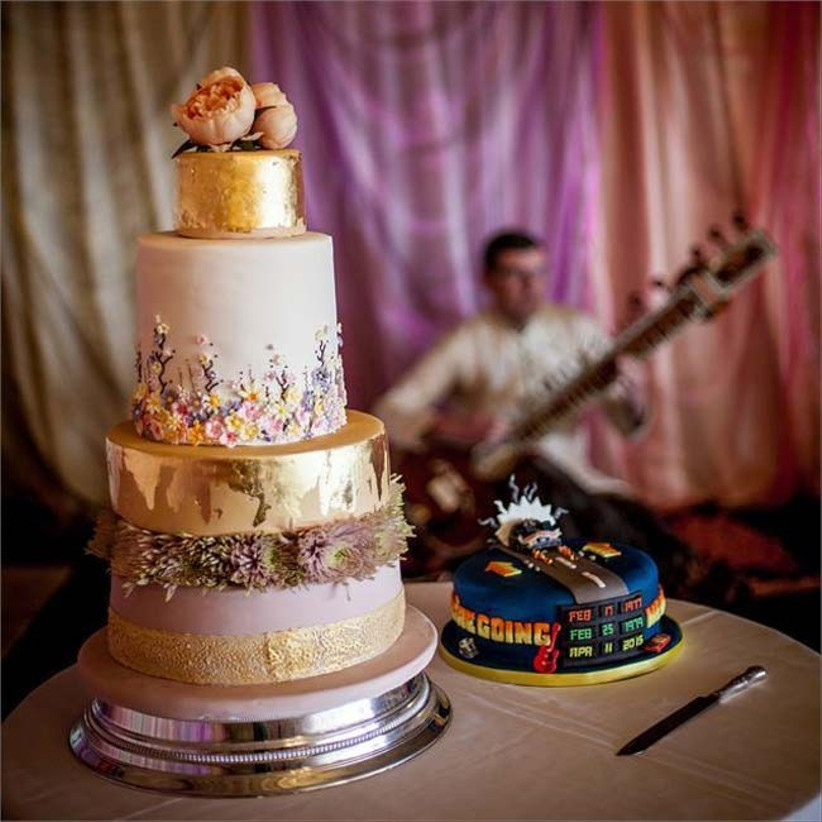 metallic-wedding-cakes-6