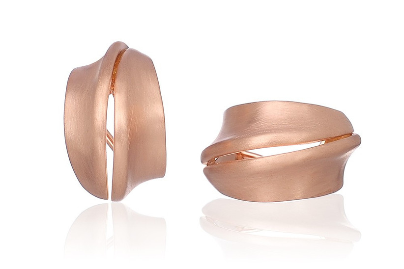 twisted-hoop-earrings